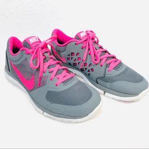 Size 9 Nike Flex 2015 Run Sneakers